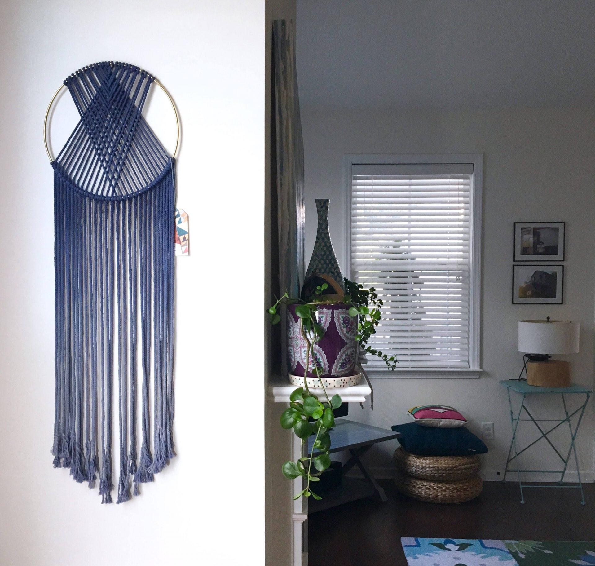 macrame hoop blue