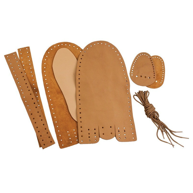 adult moccasin 2